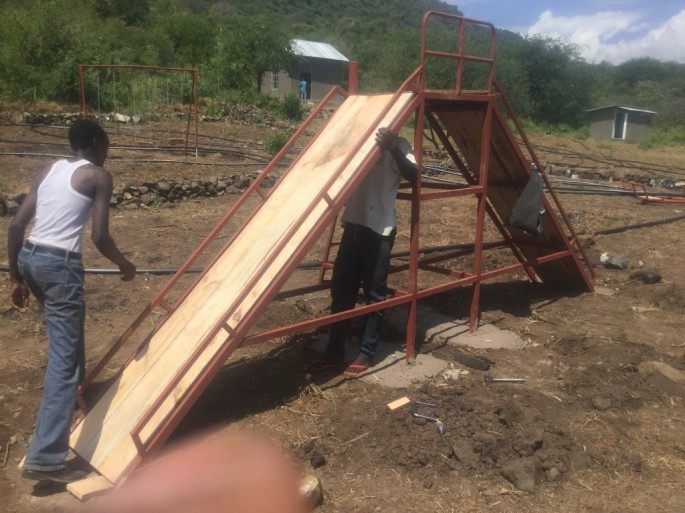 playground- slide- 2016- picture- BCS- boma africa