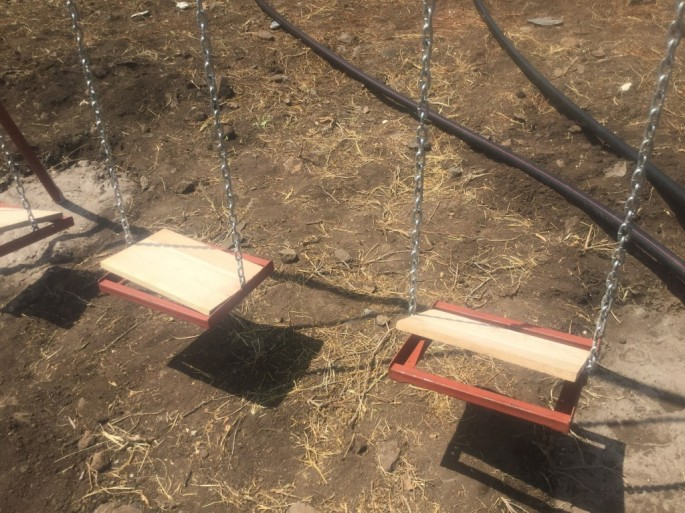 playground- swing- 2016- picture- BCS- boma africa copy
