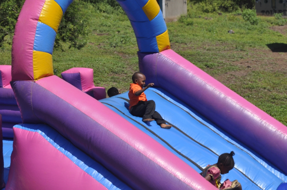 The Sue & Martin Parnell Playground. Photo by Inno Mafuru. Boma Africa